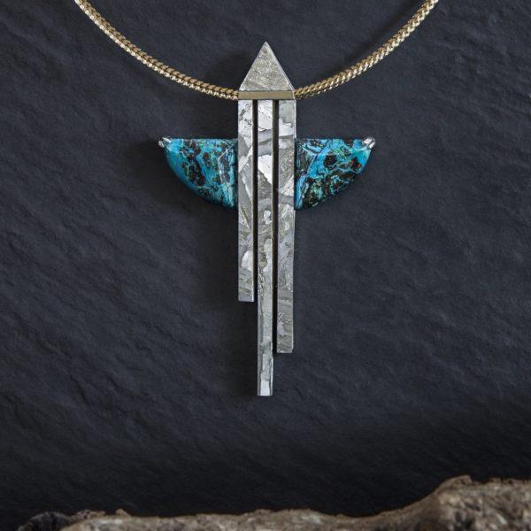 collar meteorito crisocola y oroo-alta joyeria