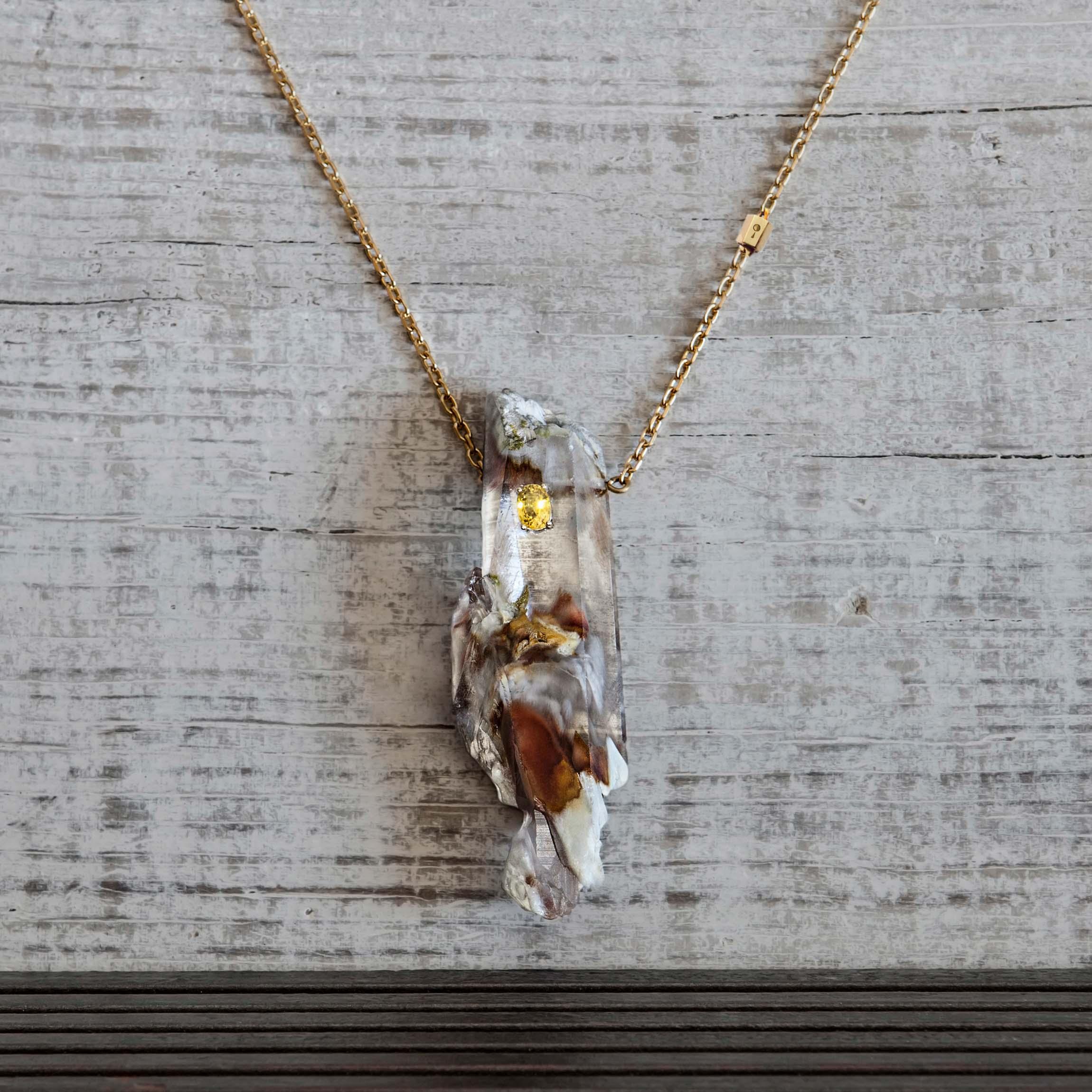 colgante de cuarzo , oro y zafiro-alta joyeria