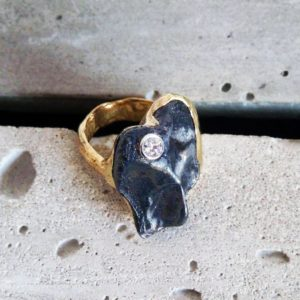 High jewelry ring for women made with Sikhote-Alin Meteorite, diamond