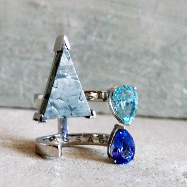 anillo aguamarina, oro,meteorito-alta joyeria